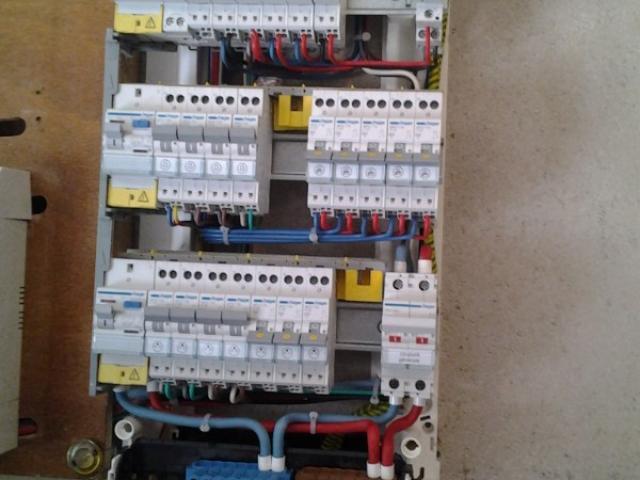 Bienvenue sur le site Art Elec Provence, société d'électricité près de Draguignan