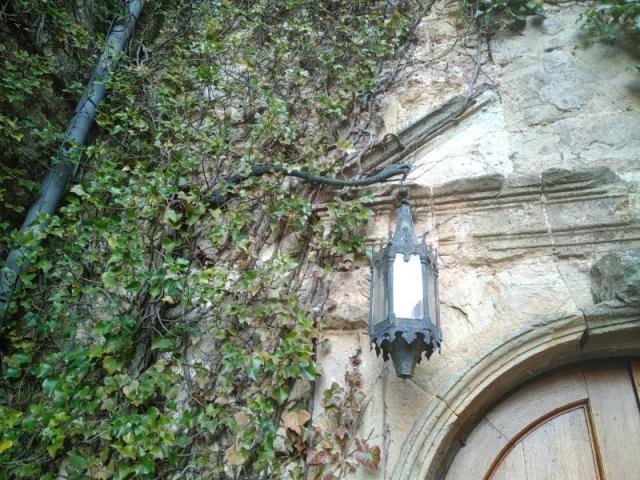 Restauration  lanterne du 17ème siècle et sa potence  pour un château du 13ème siècle